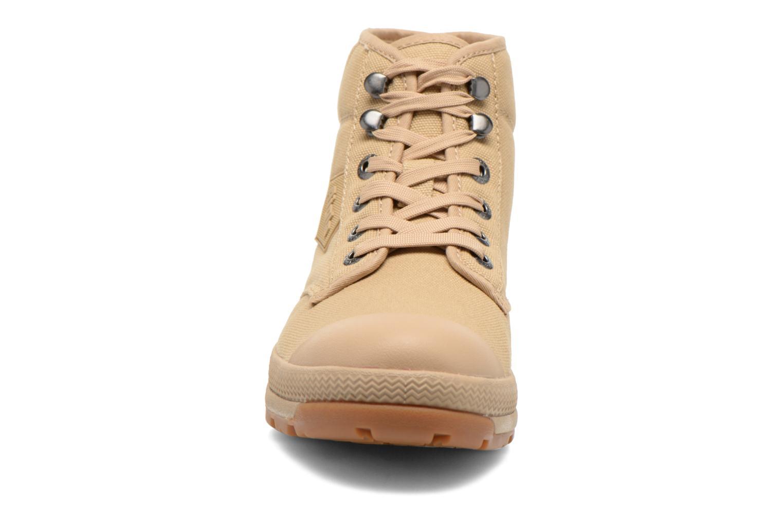 Chaussures à lacets Aigle Tenere 3 Light W Beige vue portées chaussures