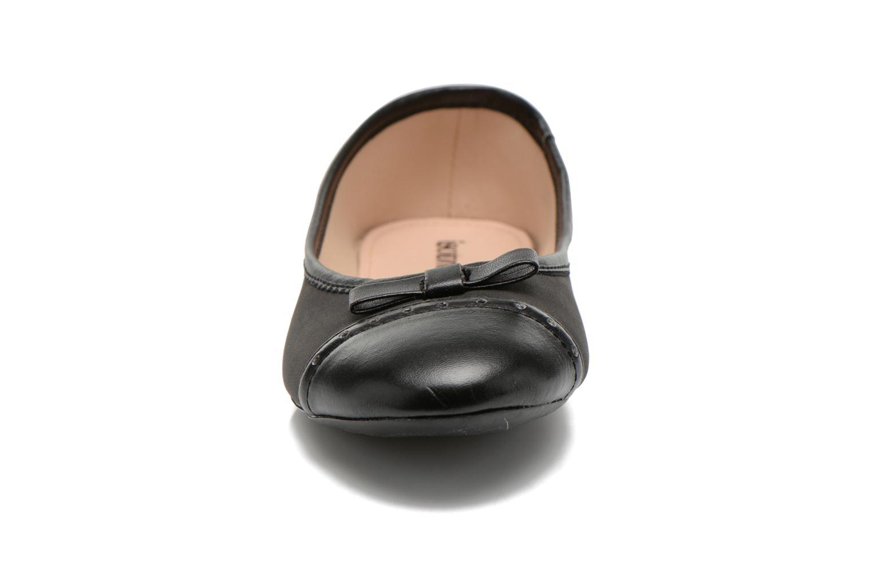 Ballerinas Isotoner Ballerine bout rond nœud schwarz schuhe getragen