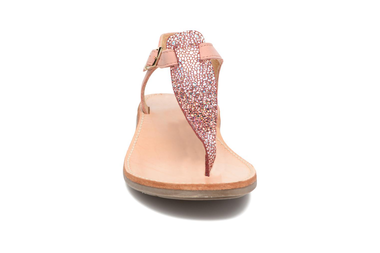 Sandali e scarpe aperte Minibel Klarice Rosa modello indossato