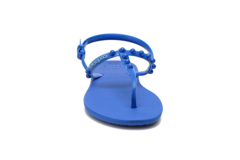 Sandales et nu-pieds Havaianas Freedom Candy Bleu vue portées chaussures