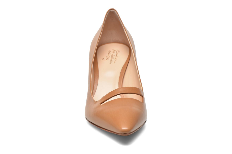 Escarpins Santoni Mina 54401 Marron vue portées chaussures