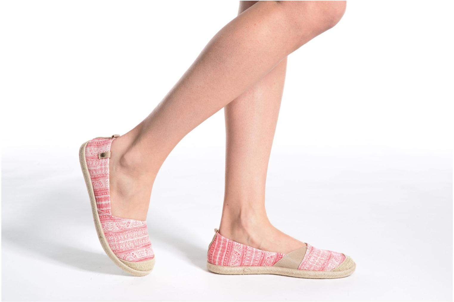 Espadrilles Roxy Flamenco Pink view from underneath / model view