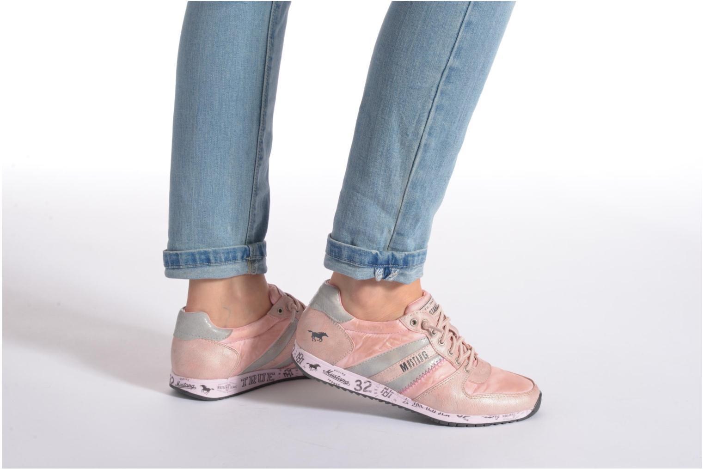 Baskets Mustang shoes Zoé Violet vue bas / vue portée sac