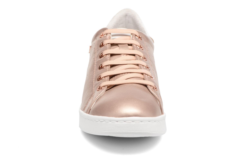 Baskets Geox D JAYSEN A D621BA Or et bronze vue portées chaussures