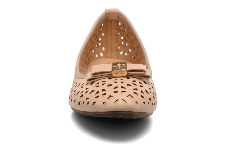 Ballerines Refresh Blanca 62079 Beige vue portées chaussures