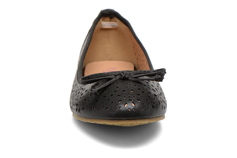 Ballerinas Refresh Coline 61818 schwarz schuhe getragen