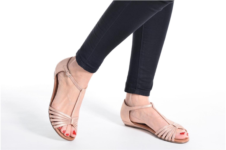 Sandales et nu-pieds Refresh Casey 61767 Noir vue bas / vue portée sac