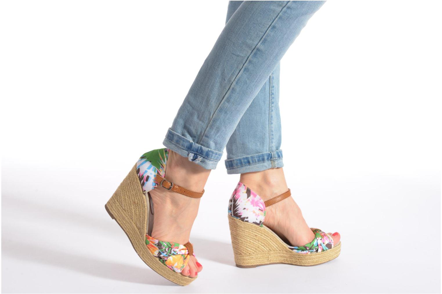 Sandals Refresh Goyave 61719 Multicolor view from underneath / model view