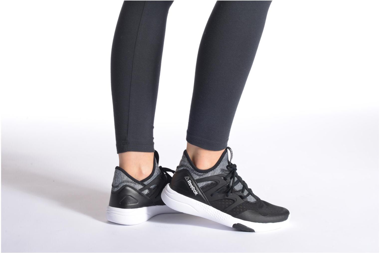 Sport shoes Reebok Hayasu Black view from underneath / model view