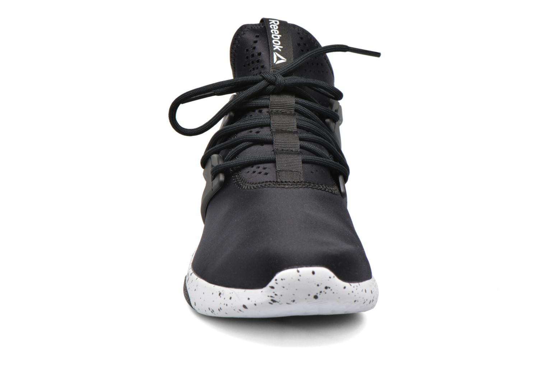 Chaussures de sport Reebok Hayasu Noir vue portées chaussures