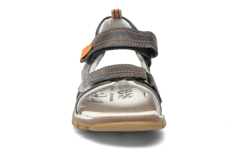 Sandales et nu-pieds Babybotte Karibou Gris vue portées chaussures