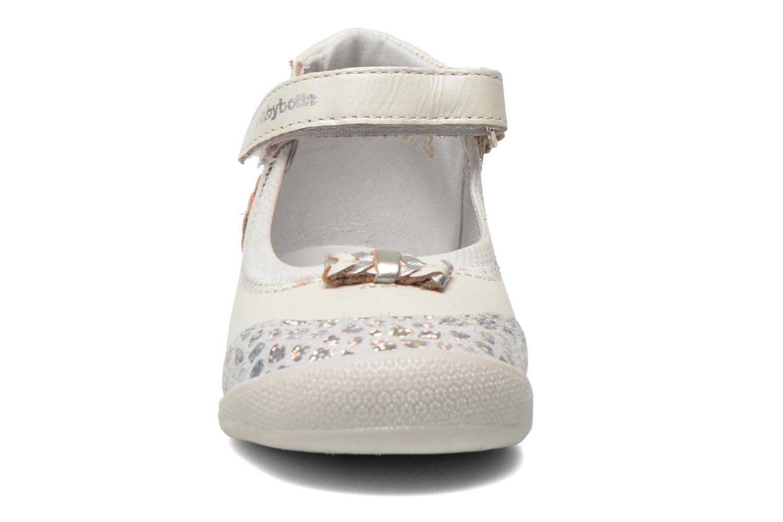 Ballerines Babybotte Sigogne Blanc vue portées chaussures