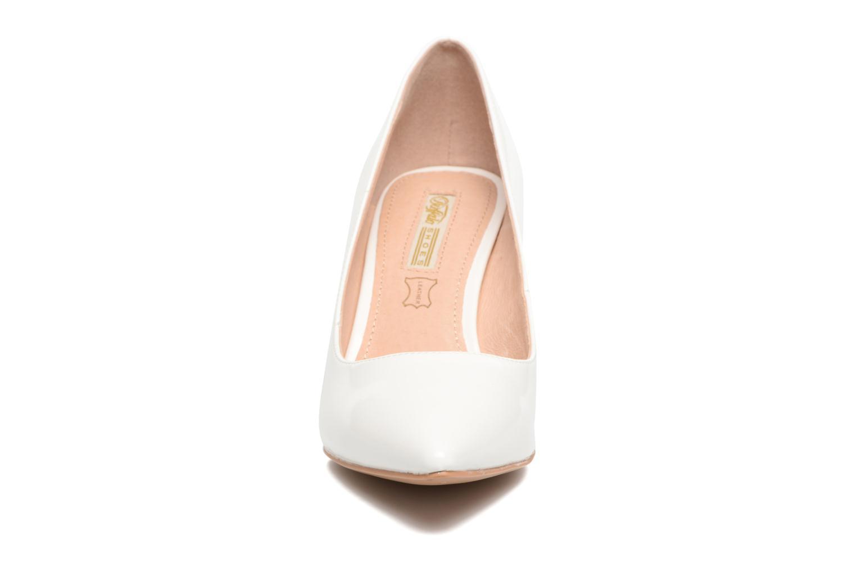 Escarpins Buffalo Lèv Blanc vue portées chaussures