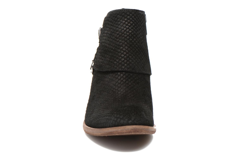 Bottines et boots Schmoove Woman Aim Buckle Noir vue portées chaussures