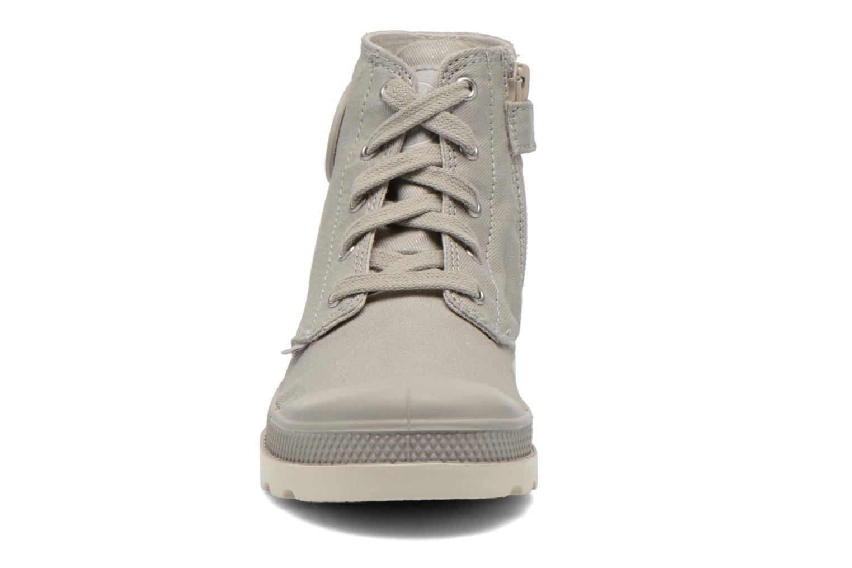 Bottines et boots Palladium Pampa Hi Zip MTL K Gris vue portées chaussures