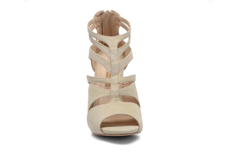 Escarpins Buffalo Elsa Beige vue portées chaussures