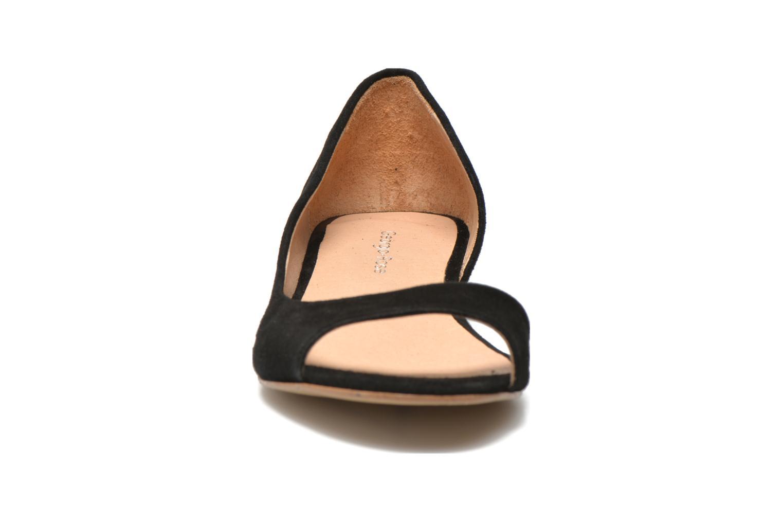 Ballerines Georgia Rose Emoto Noir vue portées chaussures