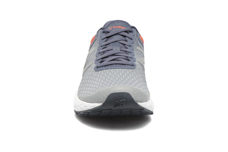 Chaussures de sport New Balance MBORA Gris vue portées chaussures