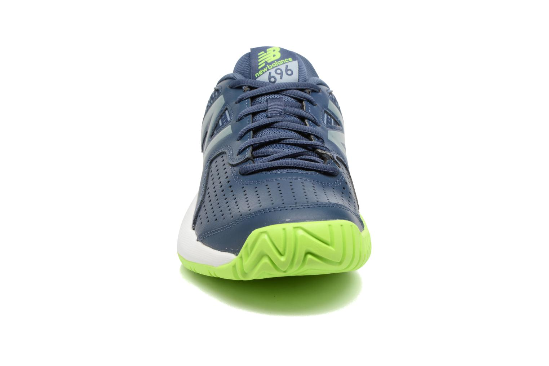 Chaussures de sport New Balance MC696 Bleu vue portées chaussures