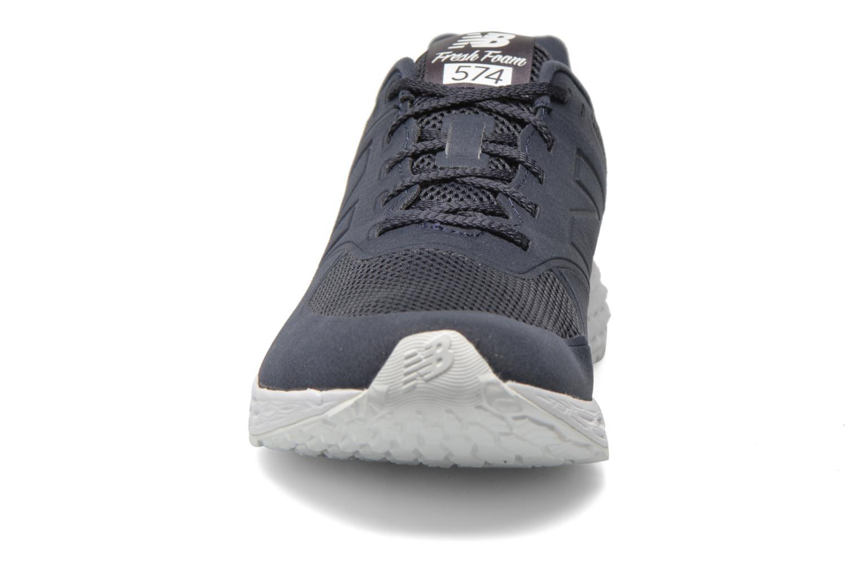 Baskets New Balance MFL574 Bleu vue portées chaussures
