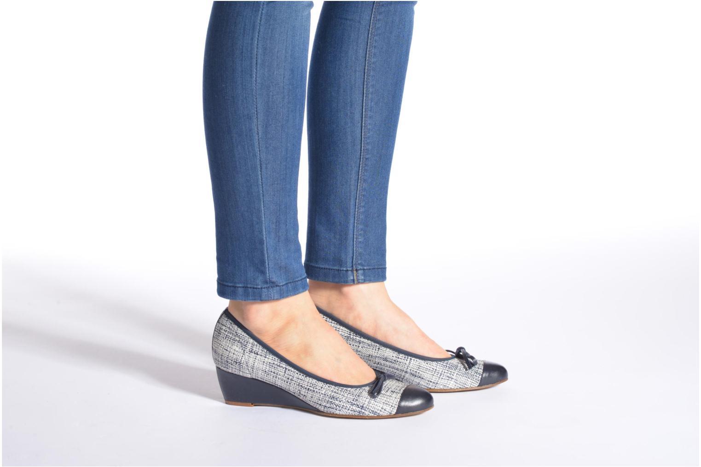 High heels Elizabeth Stuart Nex 662 Black view from underneath / model view
