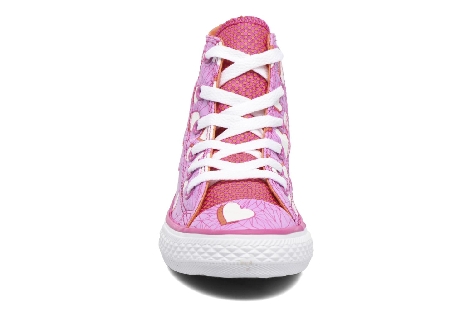 Sneakers Converse Chuck Taylor All Star Hi Viola modello indossato