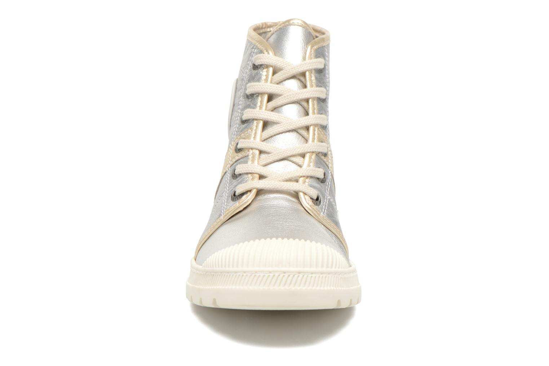 Sneaker Pataugas Auth/MC silber schuhe getragen