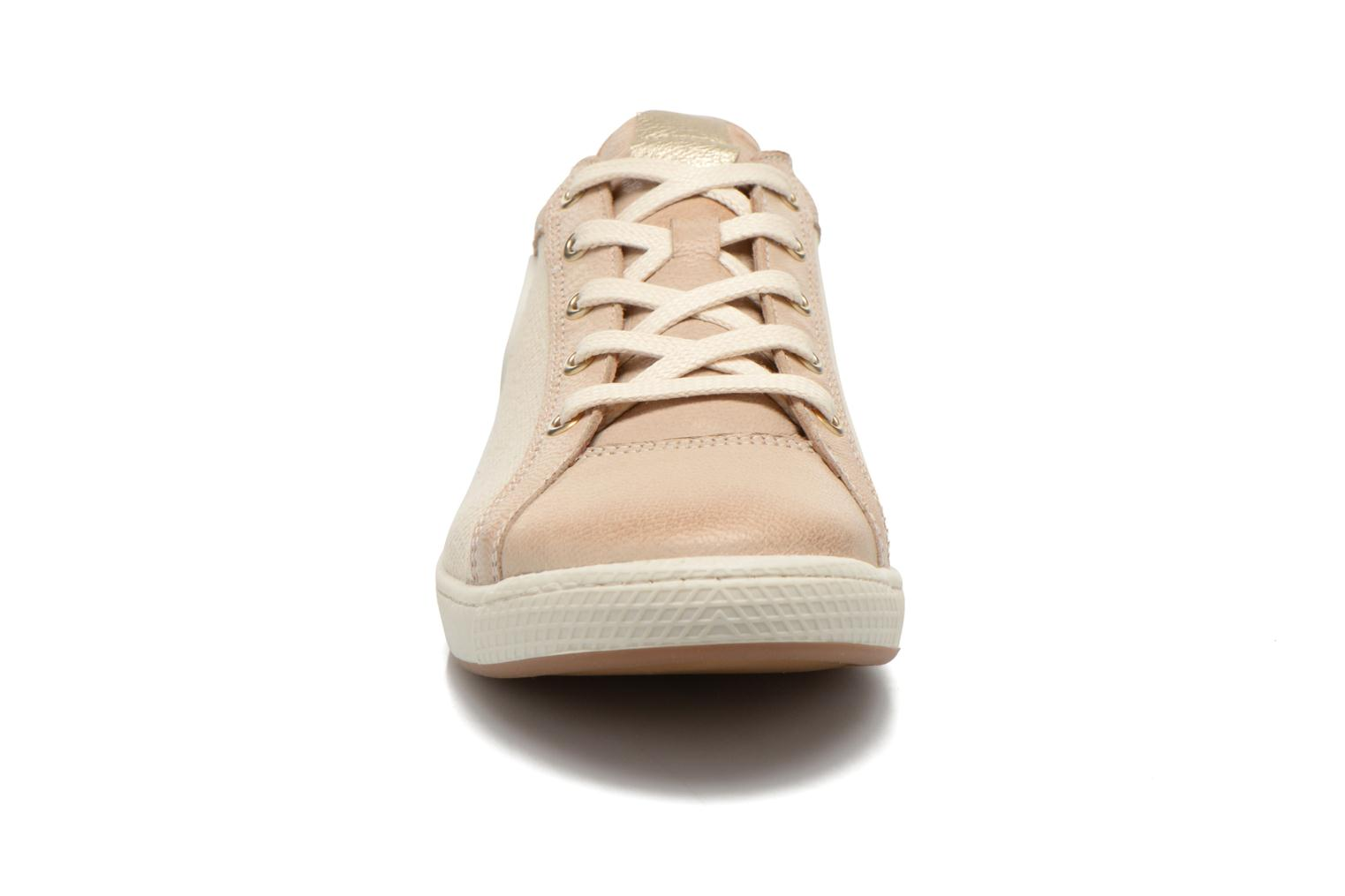 Sneakers Pataugas Joxxo Beige model