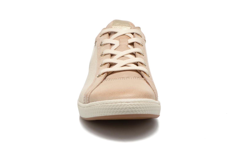 Sneaker Pataugas Joxxo beige schuhe getragen
