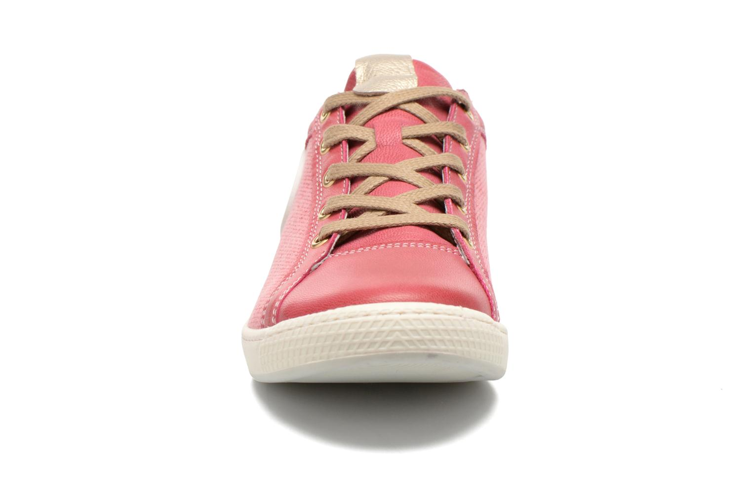 Trainers Pataugas Joxxo Pink model view