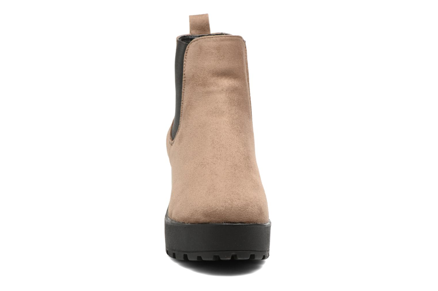 Bottines et boots Coolway Irby Beige vue portées chaussures