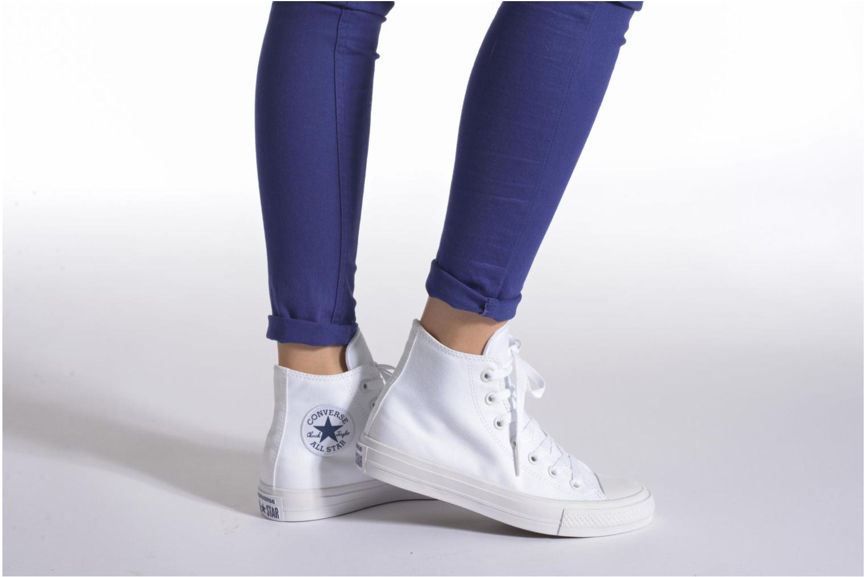 Sneaker Converse Chuck Taylor All Star II Hi W beige ansicht von unten / tasche getragen