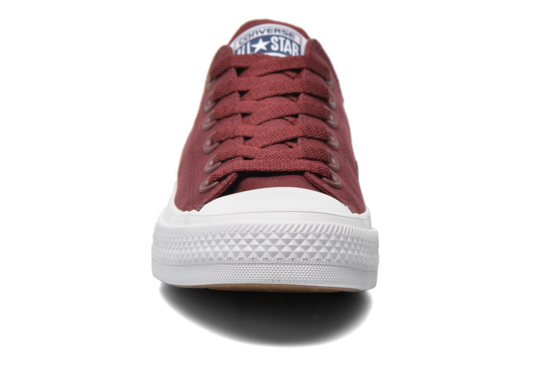 Sneaker Converse Chuck Taylor All Star II Ox W weinrot schuhe getragen