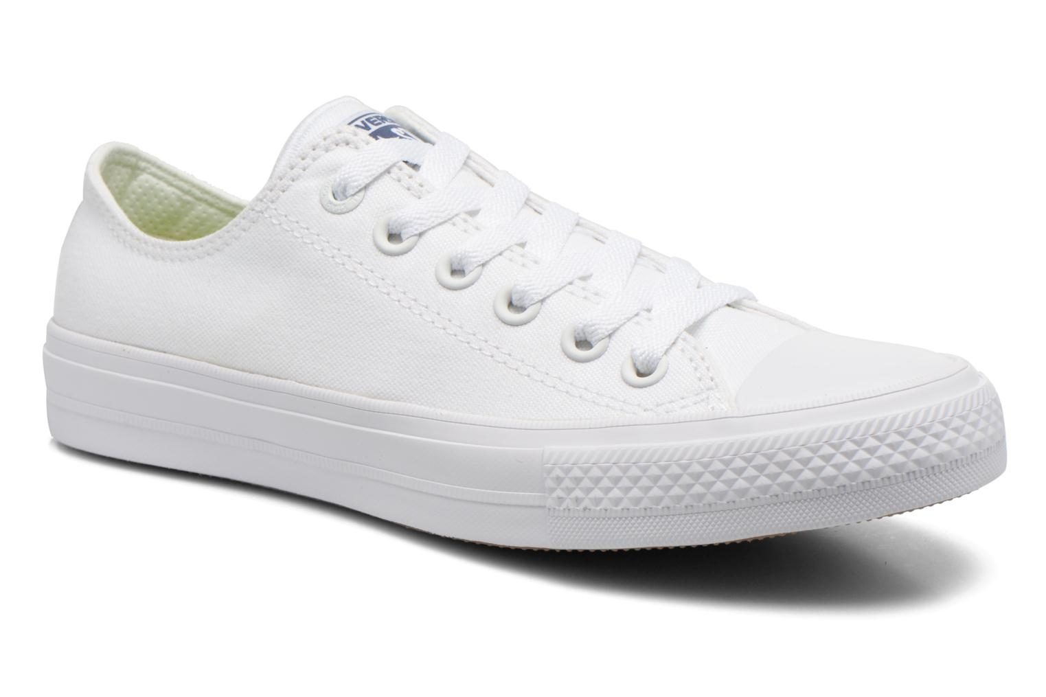 Baskets Converse Chuck Taylor All Star II Ox W Blanc vue détail/paire