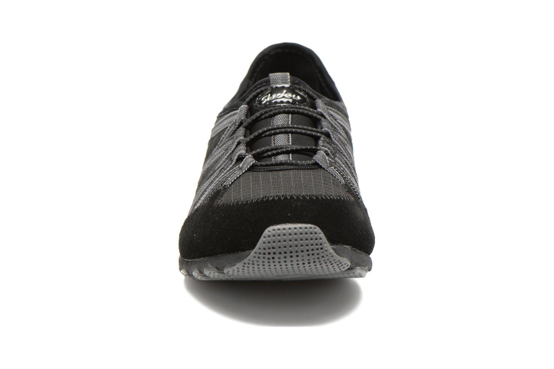 Baskets Skechers Conversations - Holding Aces 22551 Noir vue portées chaussures