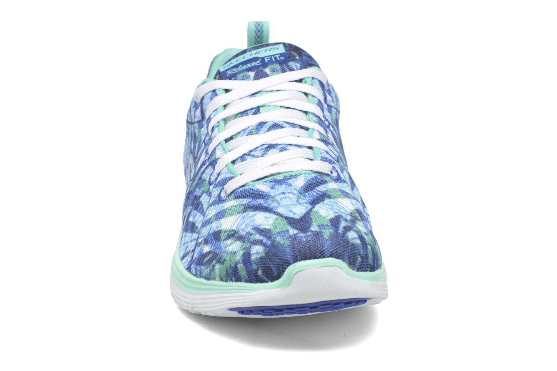 Chaussures de sport Skechers Valeris - Mai Tai 12222 Bleu vue portées chaussures