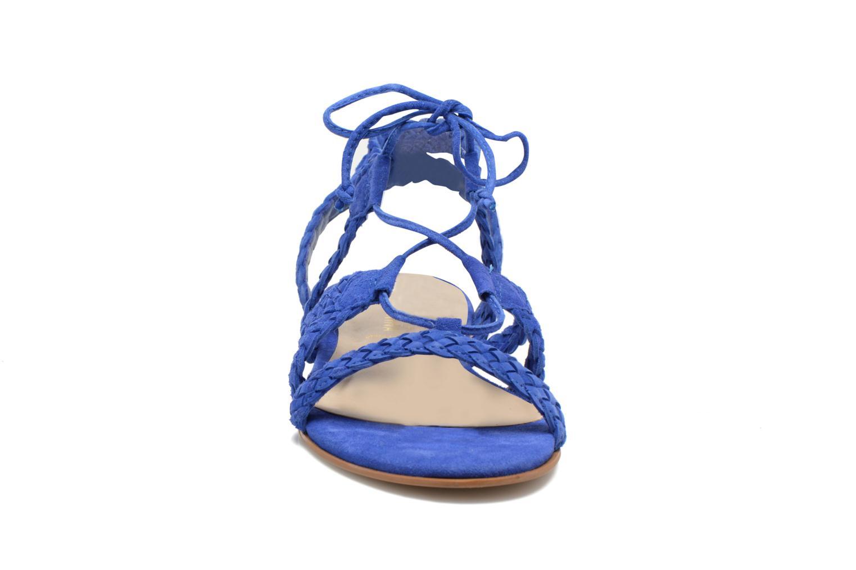 Sandalias San Marina Vesma/Nub Azul vista del modelo