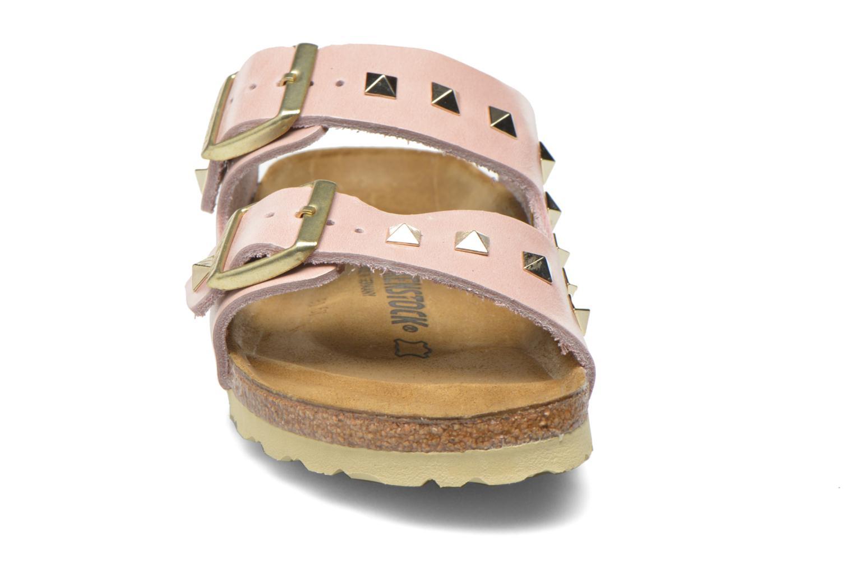 Mules et sabots Birkenstock Arizona Cuir Studded W Rose vue portées chaussures