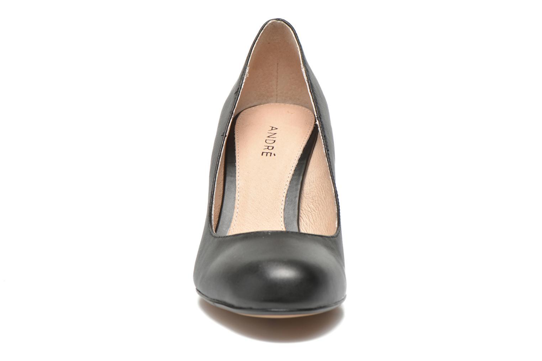 Escarpins André Glamour Noir vue portées chaussures