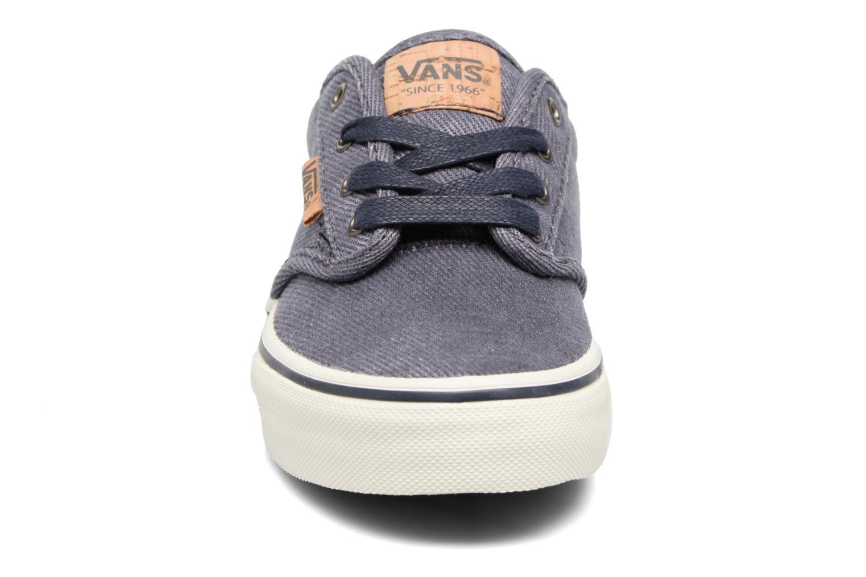 Baskets Vans Atwood Deluxe Bleu vue portées chaussures