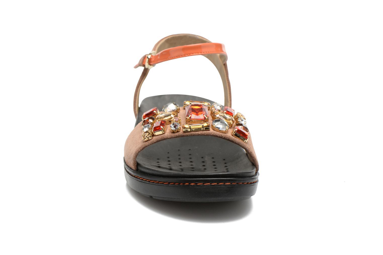 Sandales et nu-pieds Geox D Tajah D5239B Marron vue portées chaussures