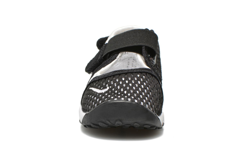 Baskets Nike Little Rift Br (Td Boys) Noir vue portées chaussures