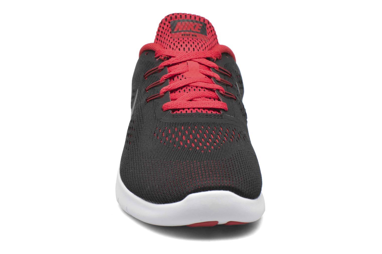 Deportivas Nike Nike Free Rn (Gs) Negro vista del modelo