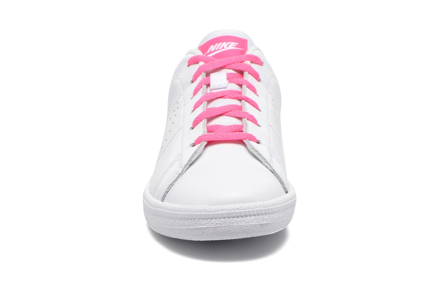Trainers Nike Tennis Classic Prm (Gs) White model view