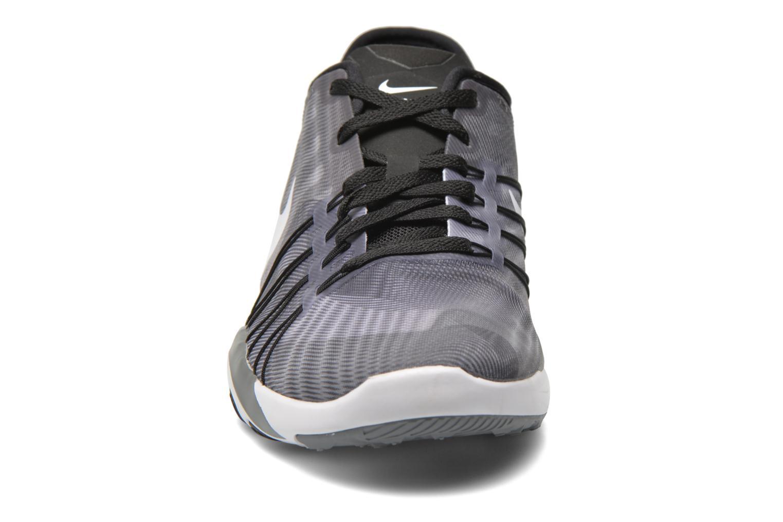 Sportschuhe Nike Wmns Nike Free Tr 6 Prt grau schuhe getragen
