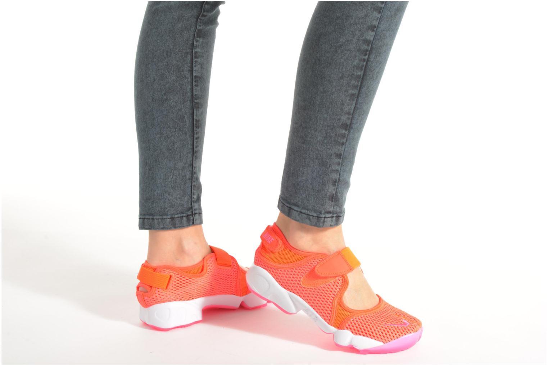 Baskets Nike Wmns Nike Air Rift Br Orange vue bas / vue portée sac