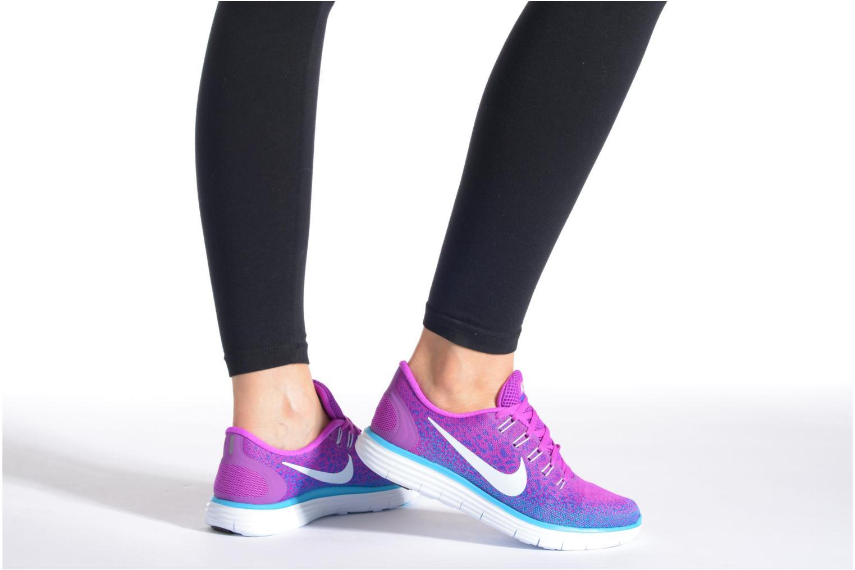 Chaussures de sport Nike Wmns Nike Free Rn Distance Noir vue bas / vue portée sac