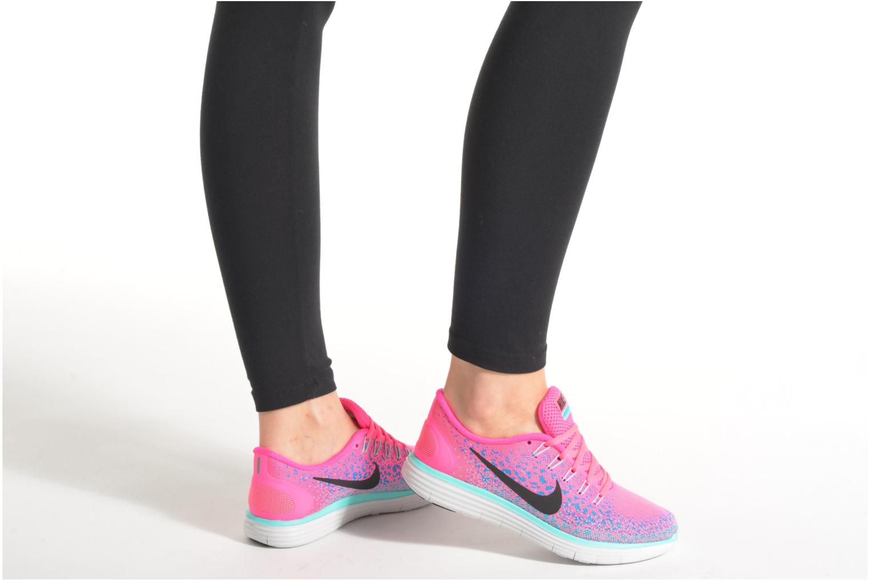 Chaussures de sport Nike Wmns Nike Free Rn Distance Rose vue bas / vue portée sac