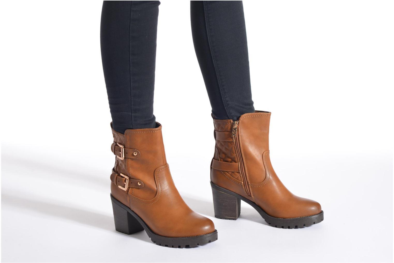 Stiefeletten & Boots Xti Analia-28730 braun ansicht von unten / tasche getragen