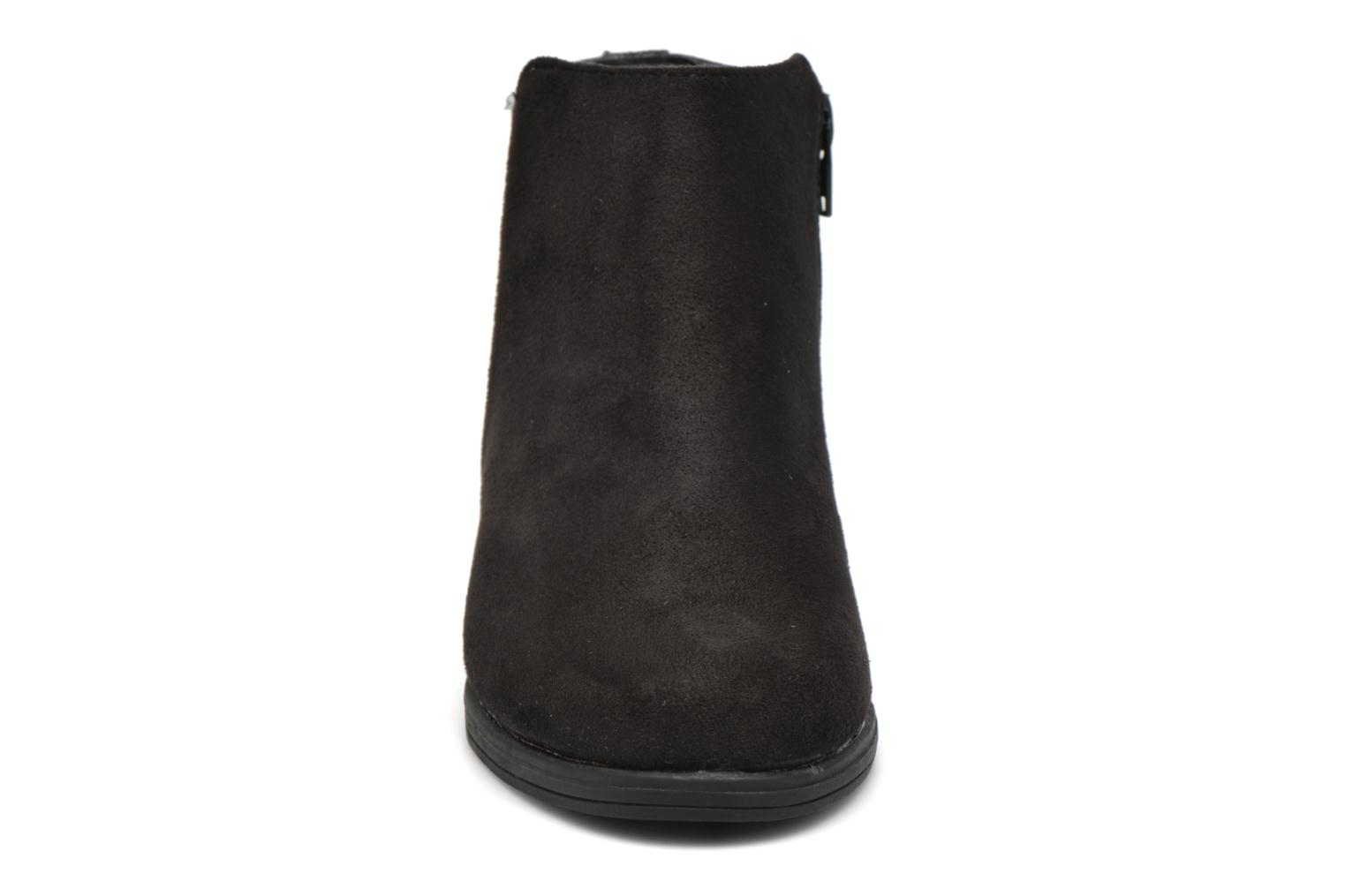 Ankle boots I Love Shoes MCGLIT Black model view